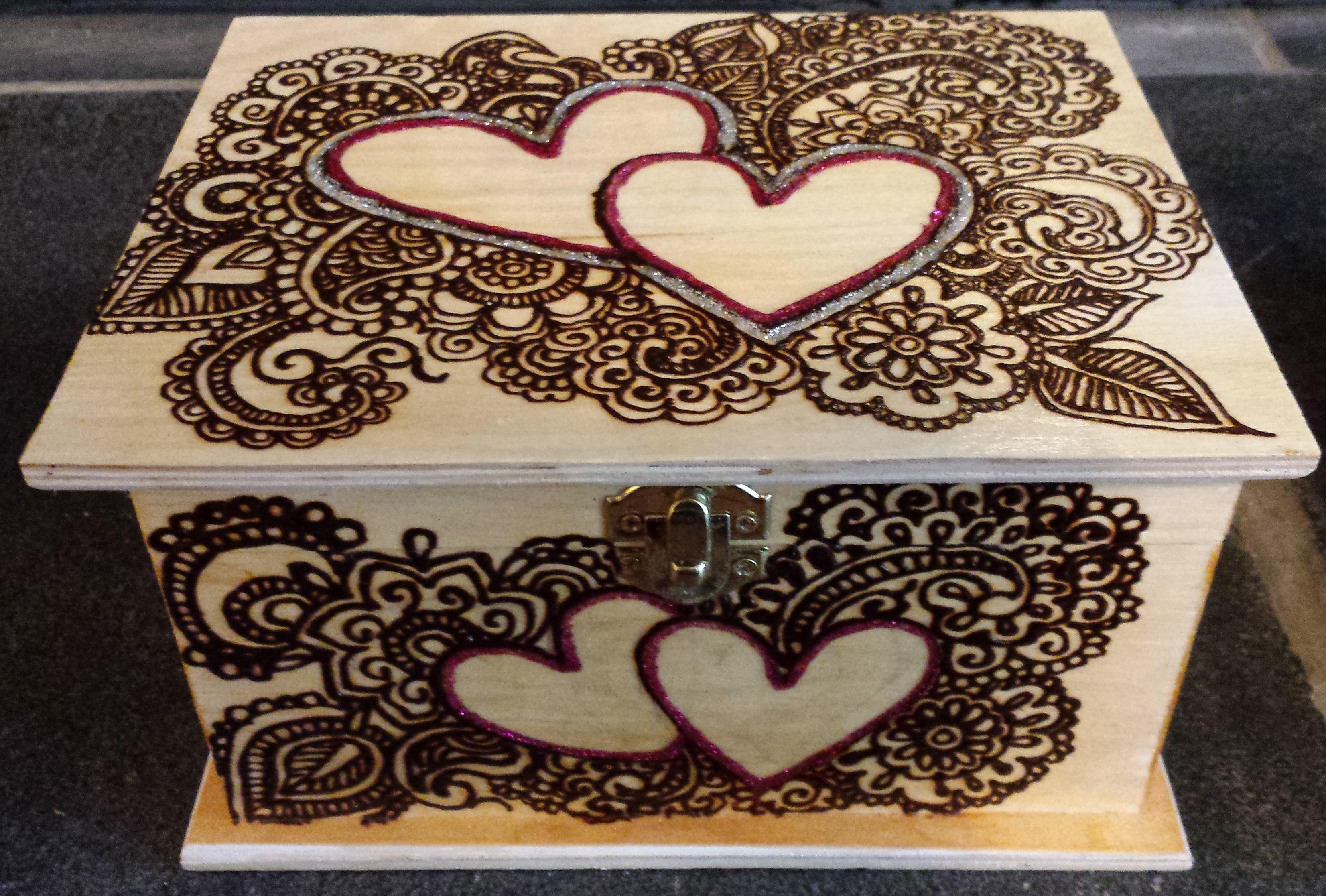 Henna Heart Box